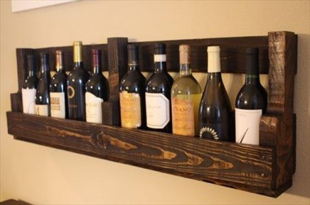 wine storage made from pallets